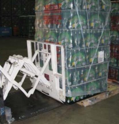 Heftruck Pull Push Attachment Gebruik in de drankenindustrie